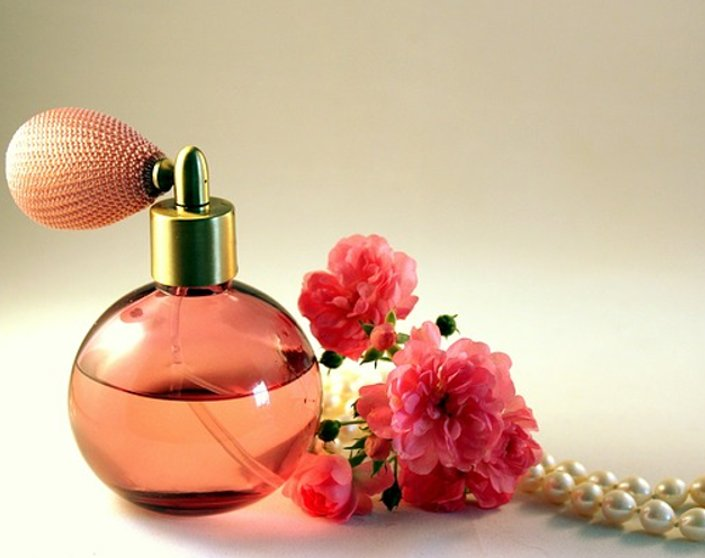 5 Great Perfumes To Make Every Latina Feel Beautiful   Hermosaz