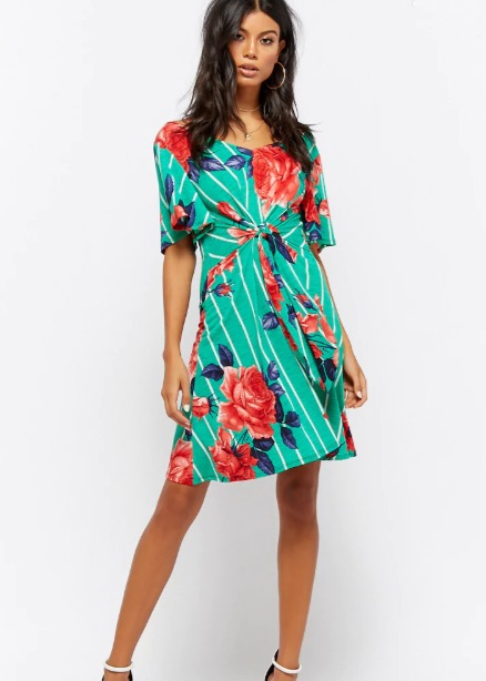 hermosaz vestido verde con flores rojas